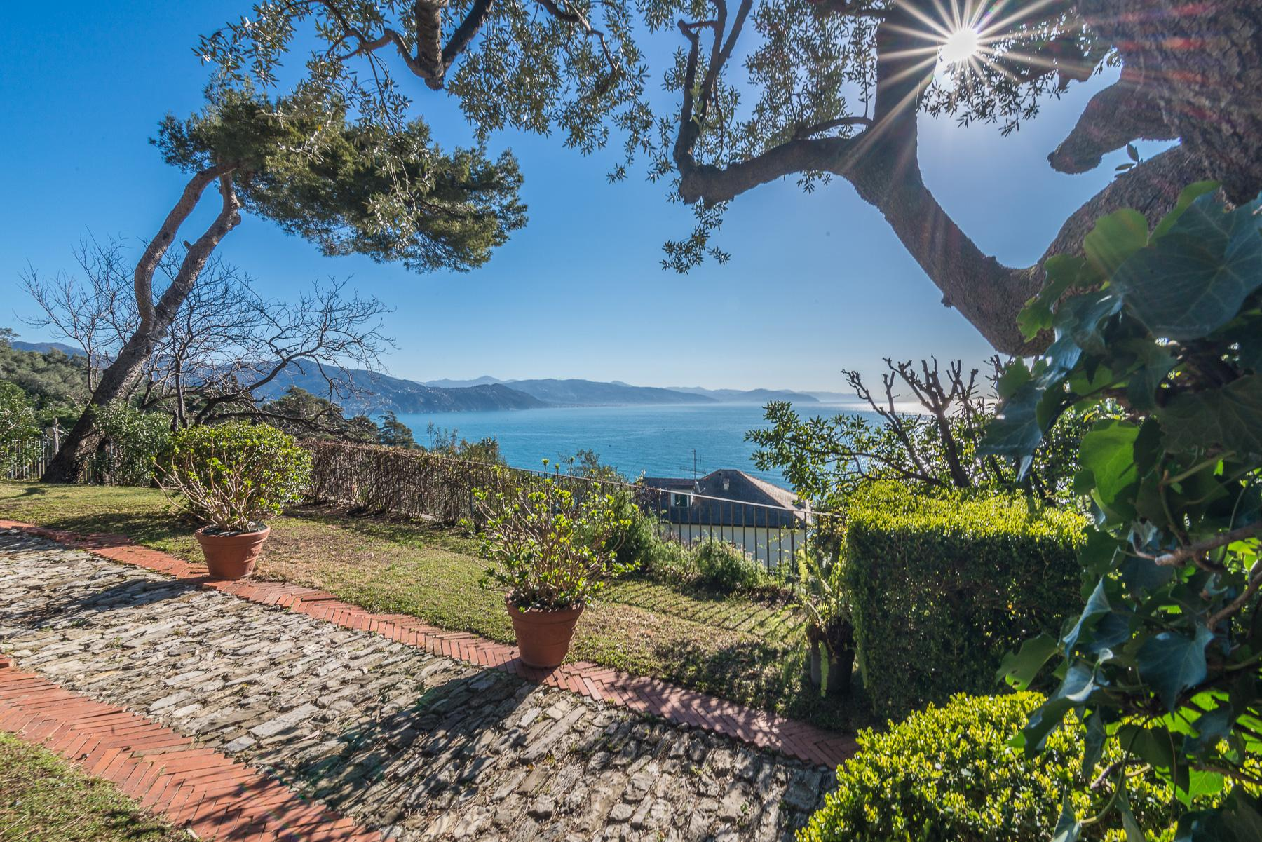 Majestic villa overlooking the Bay of Portofino - 3