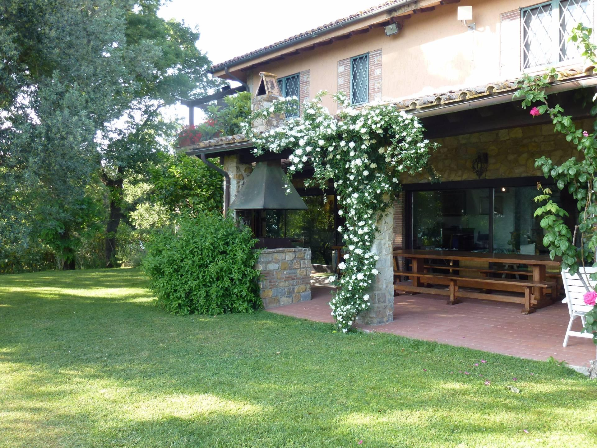 Wunderschöne Villa mit atemberaubenden Blicken auf den Monte Argentario - 2