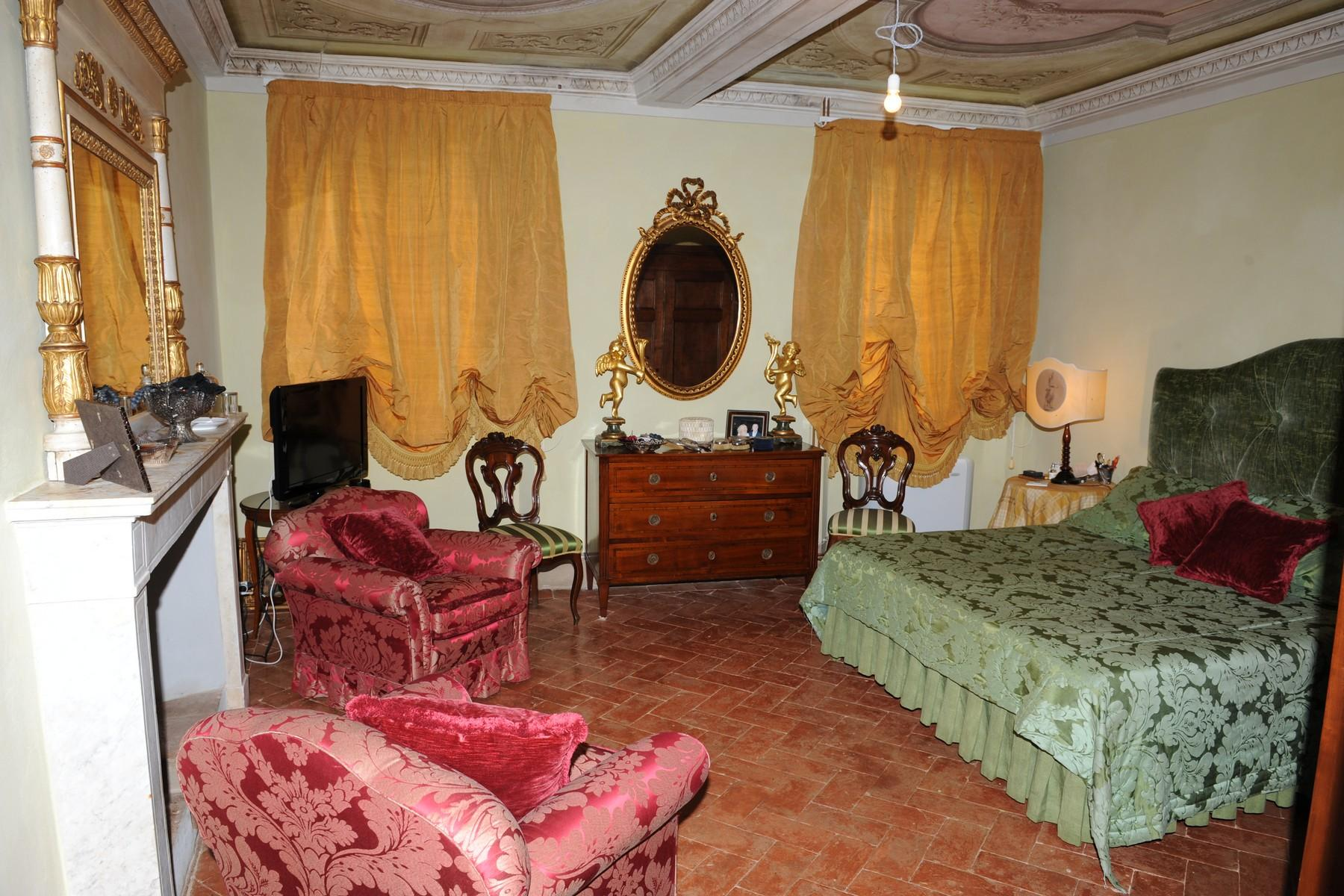 Beautiful and unique XVI century villa on the hills of Camaiore - 10
