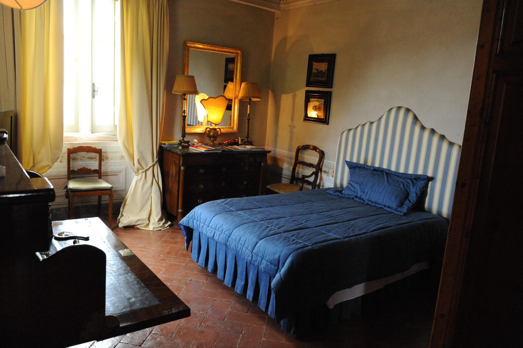 Beautiful and unique XVI century villa on the hills of Camaiore - 12