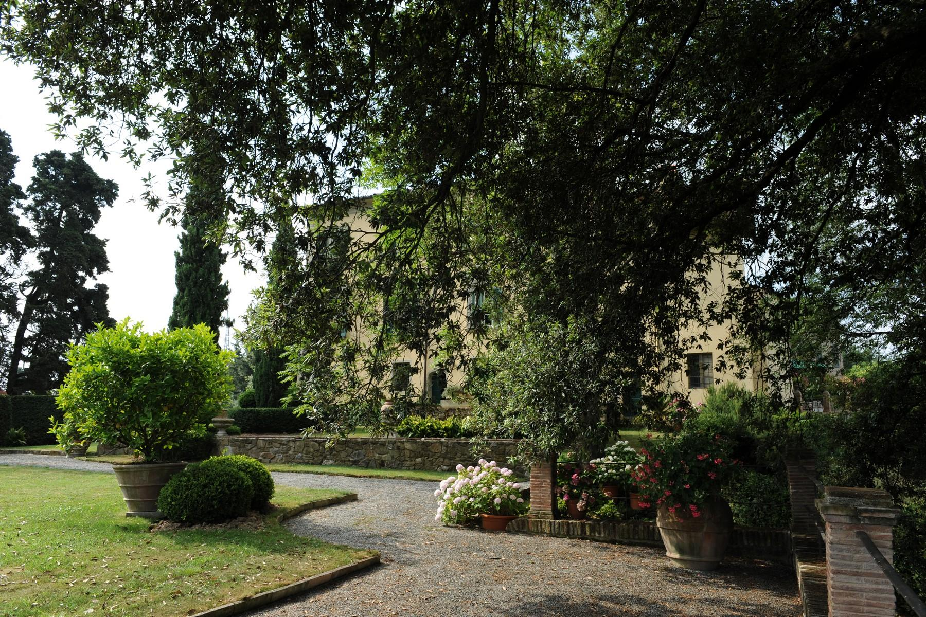 Beautiful and unique XVI century villa on the hills of Camaiore - 16