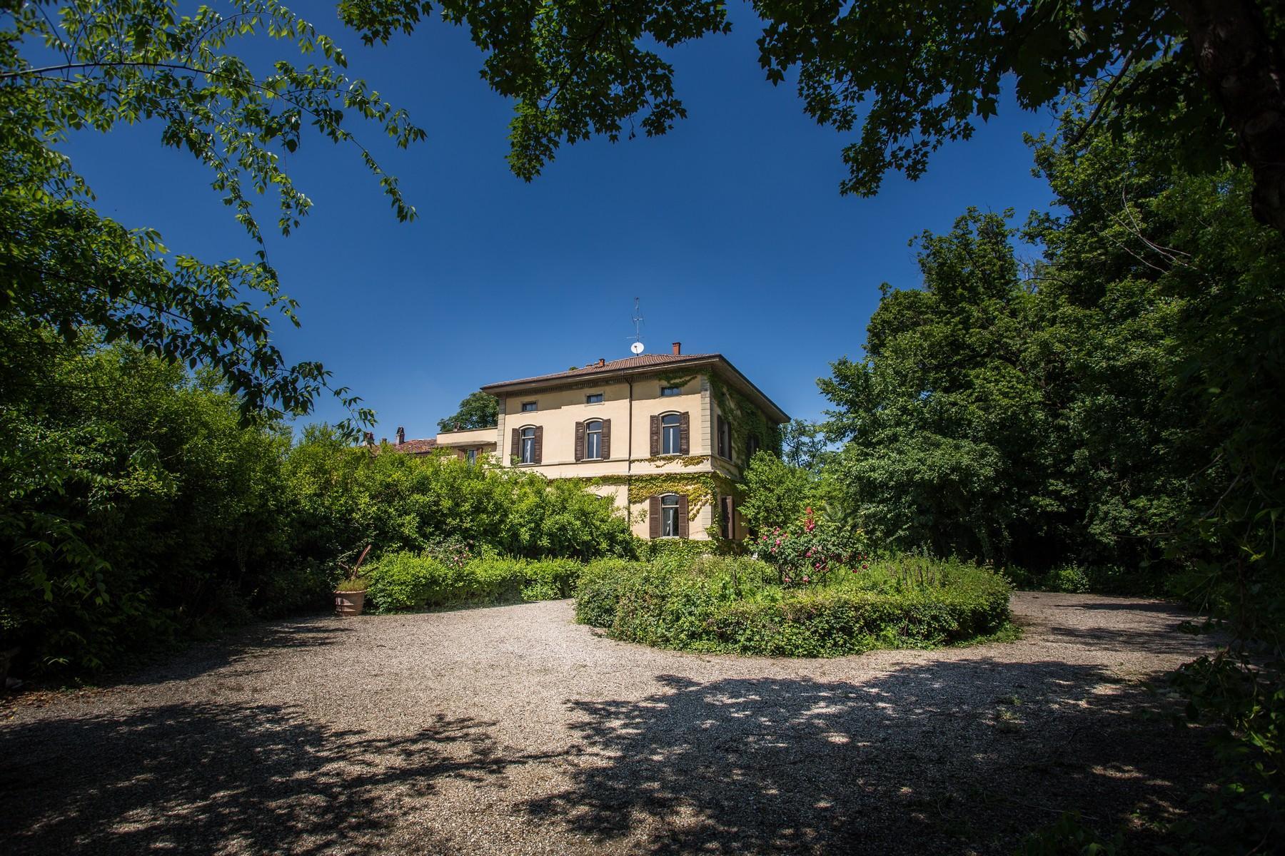 位于Cremona乡村内且拥有大公园的历史久远的别墅 - 2
