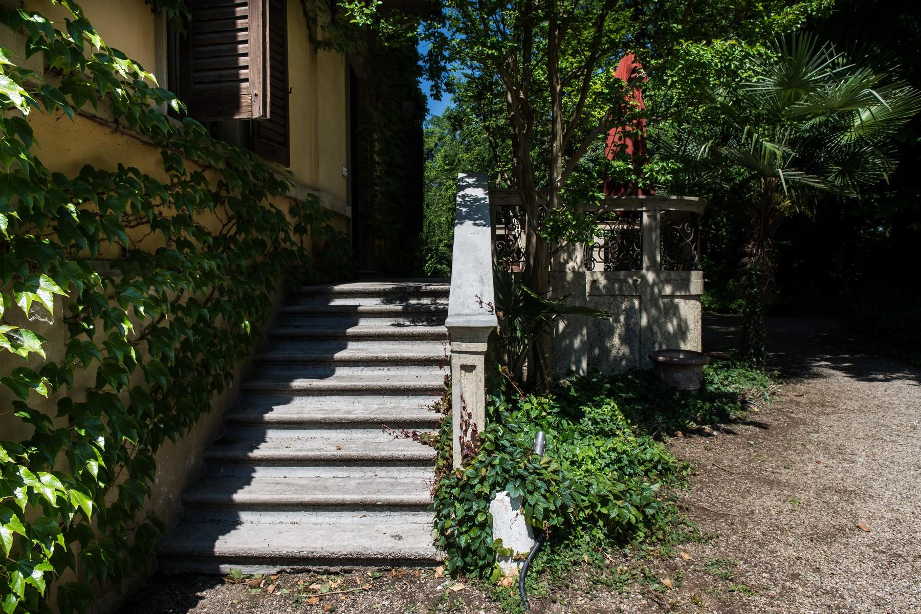 Historic villa with large park in the countryside of Cremona - 3