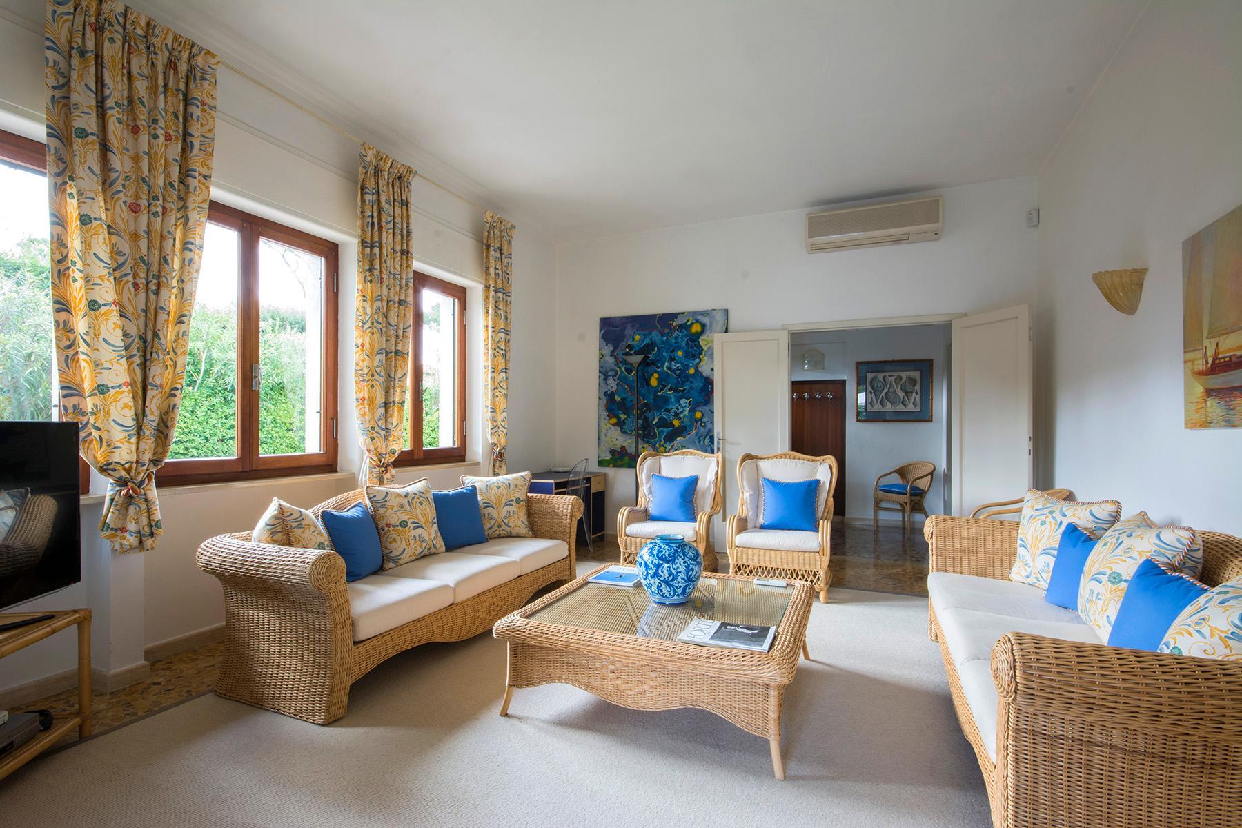 Wunderschöne Villa mit Garten in der Nähe vom Meer - 1