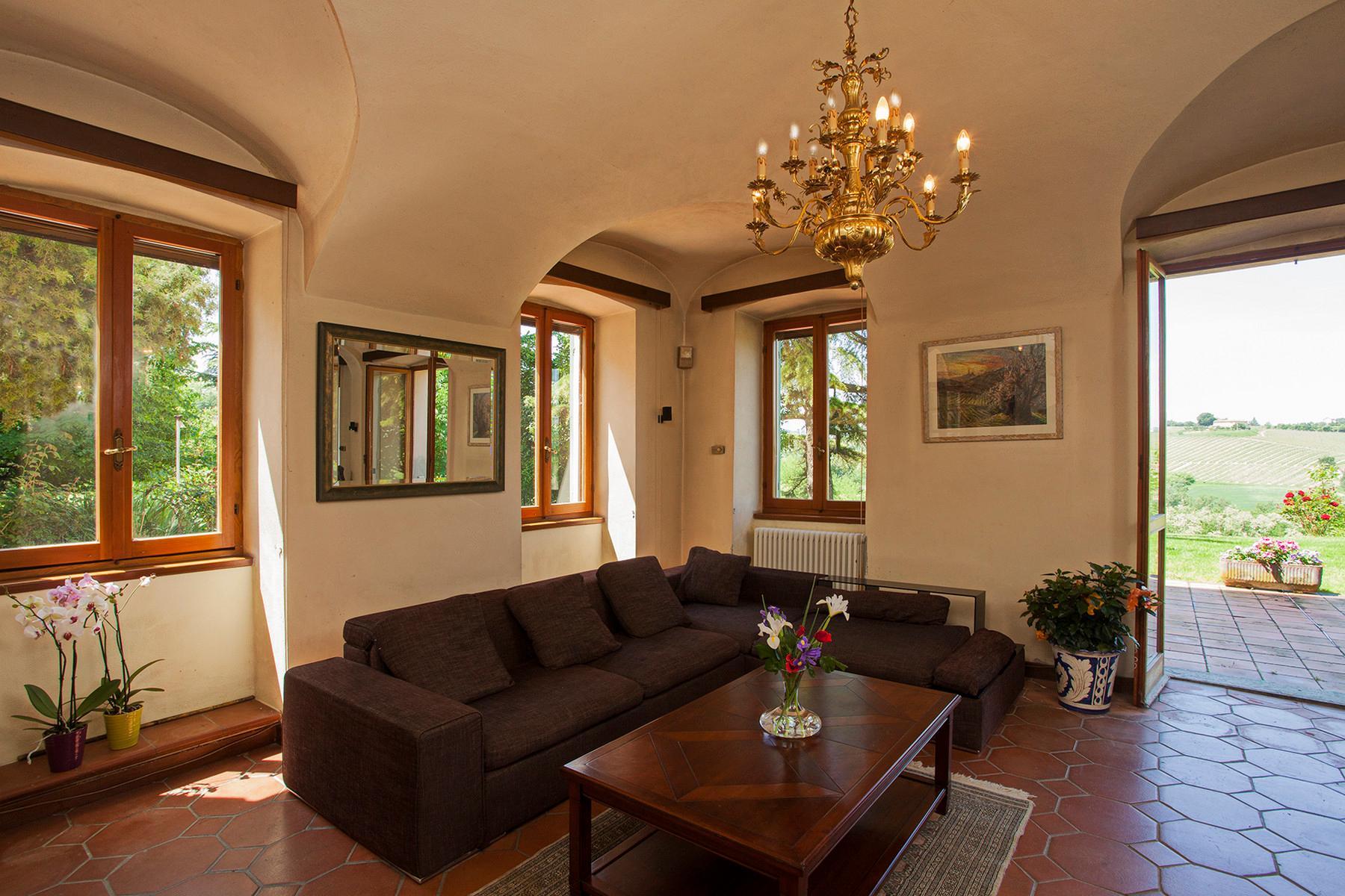 Elegant villa on top of a hill of Monferrato - 21