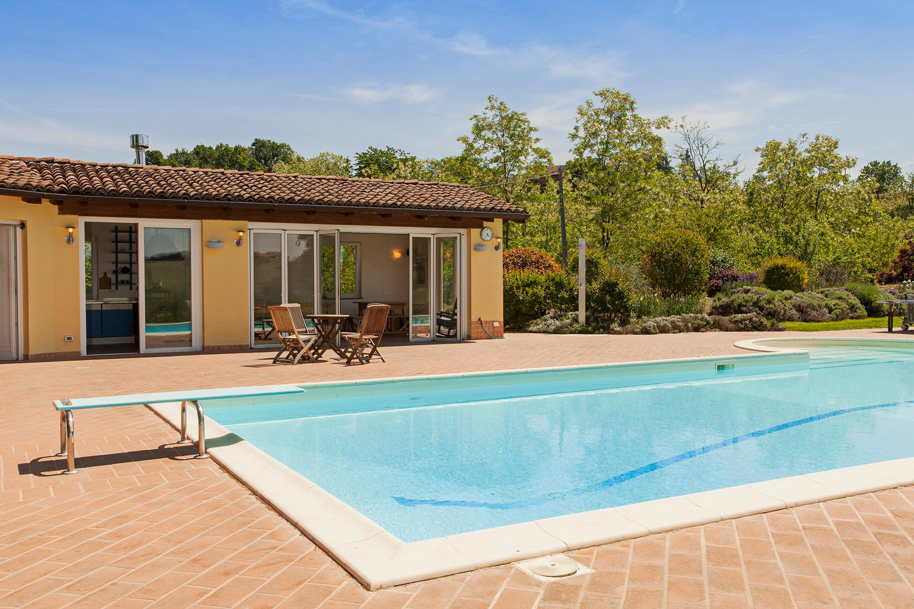 Elegant villa on top of a hill of Monferrato - 19