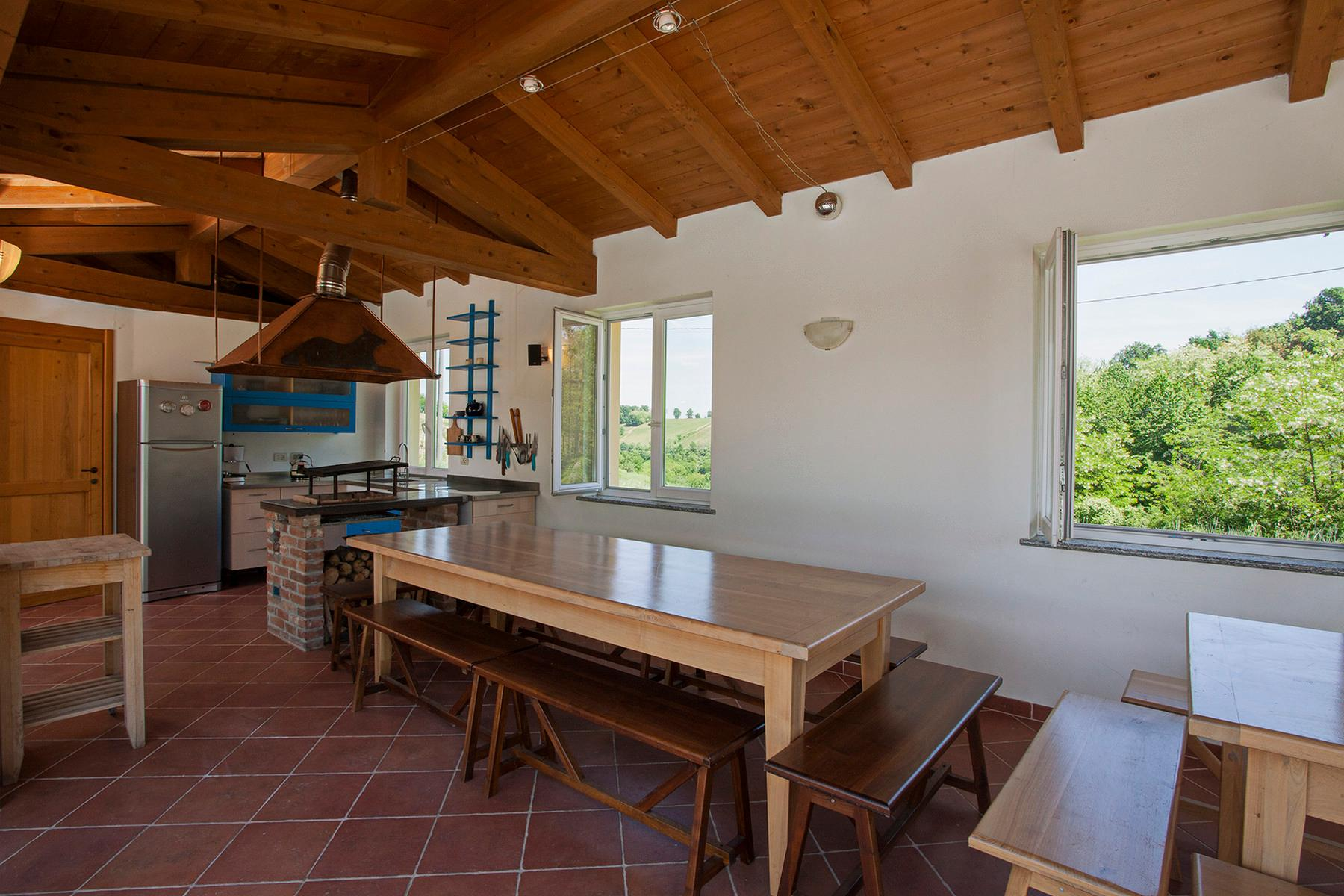 Elegant villa on top of a hill of Monferrato - 9