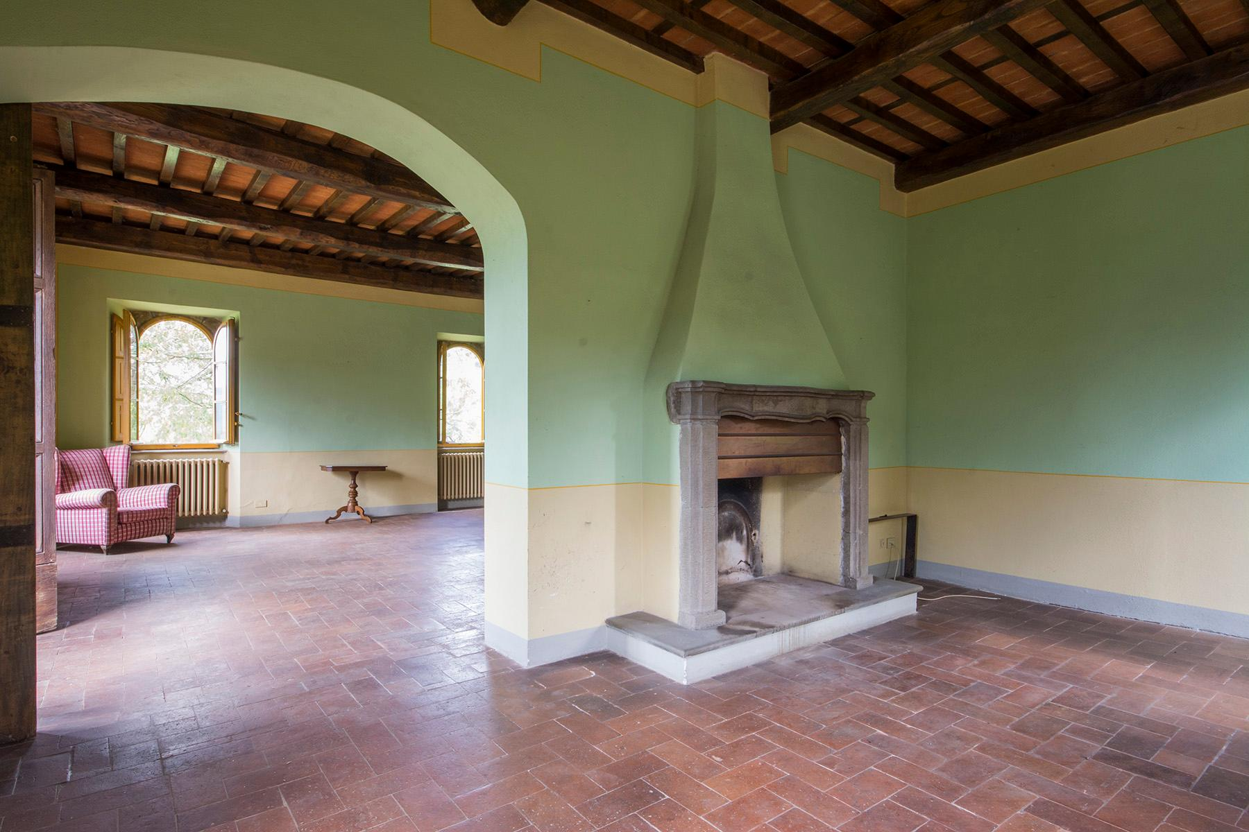 Stunning villa with breathtaking views of the Lucca countryside - 6
