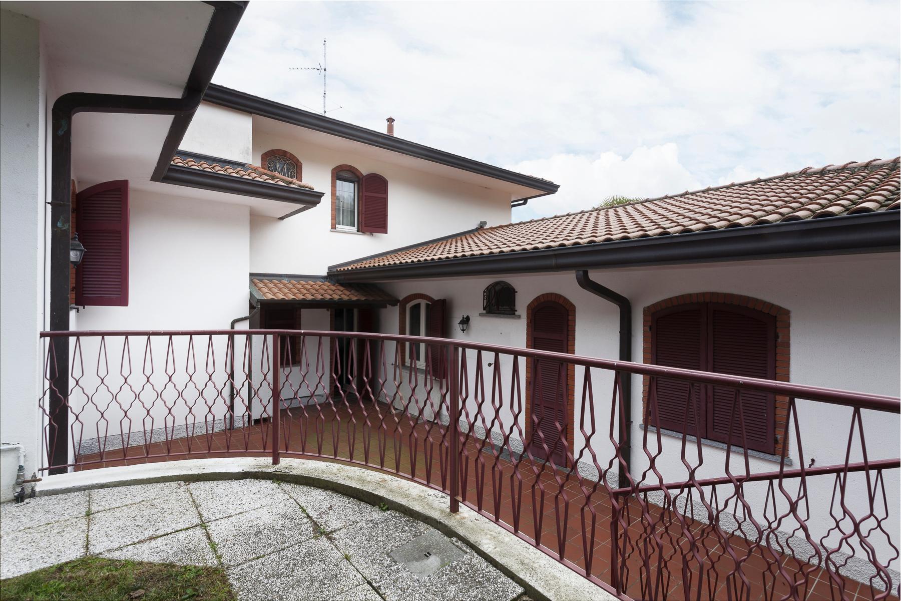 Gracious villa overlooking Lake Maggiore - 17