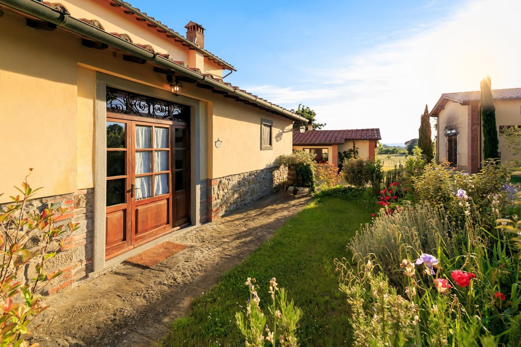 Agritourismo and Biodynamic farm in the heart of Tuscany with 15 ha of land. - 16