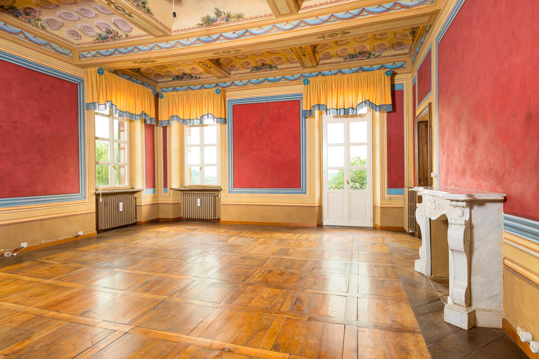 Historical mansion in the Asti hills - 13