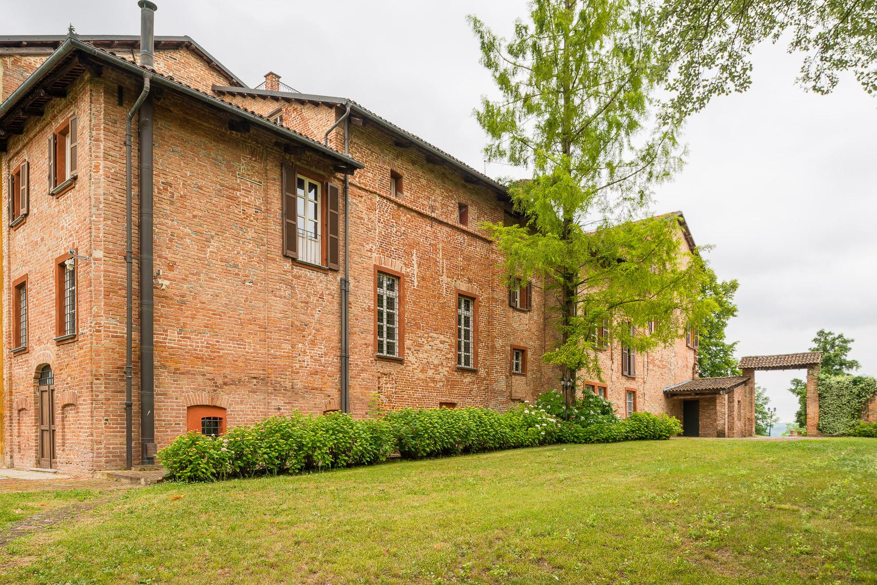Historical mansion in the Asti hills - 21
