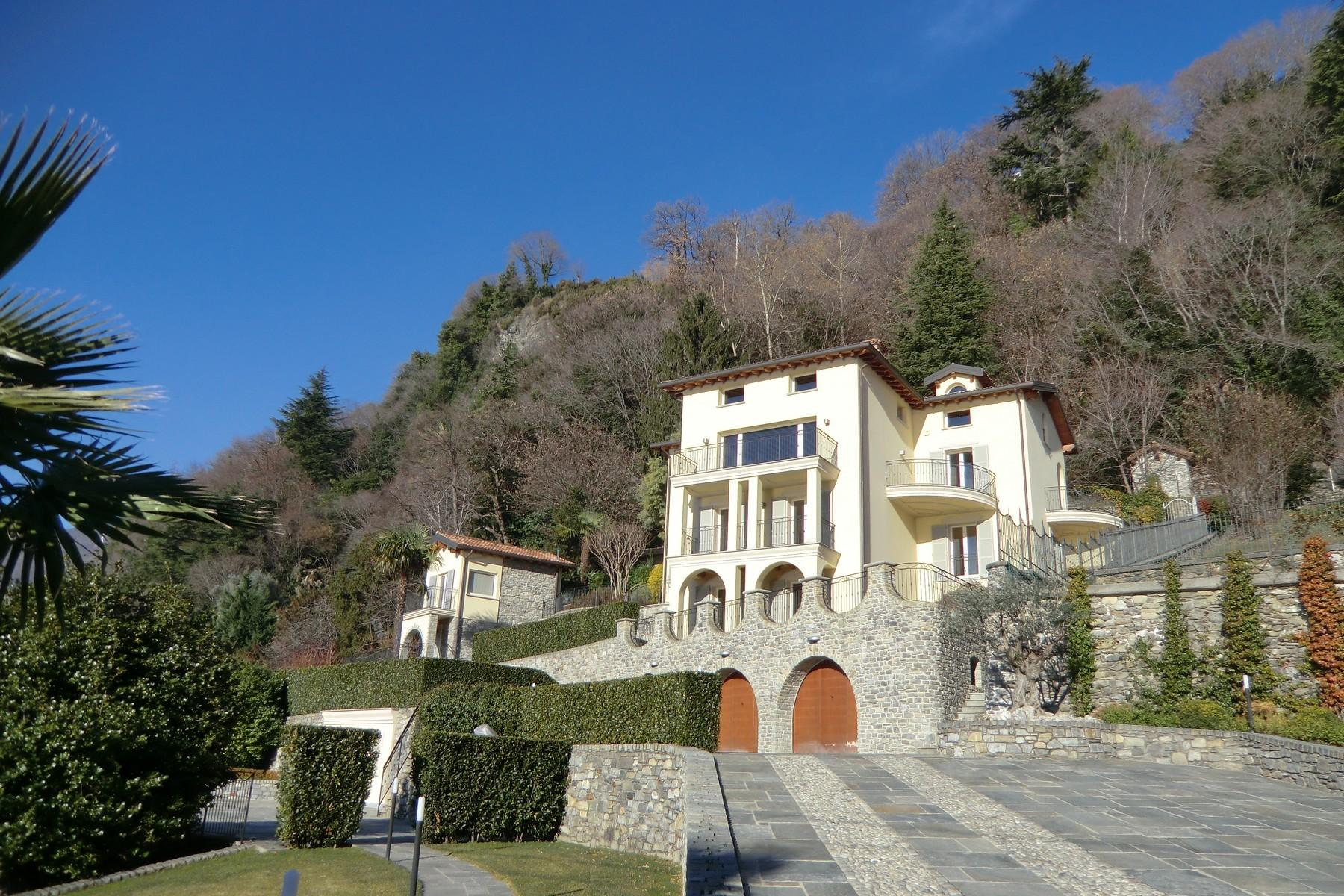 Magnificent villa with charming view of Lake Como - 3