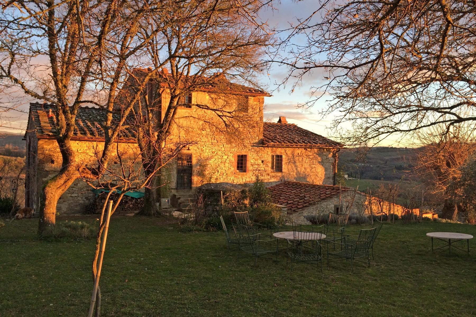 坐落于Chianti地区的绝美的农舍,且享有壮丽的景色和游泳池 - 6
