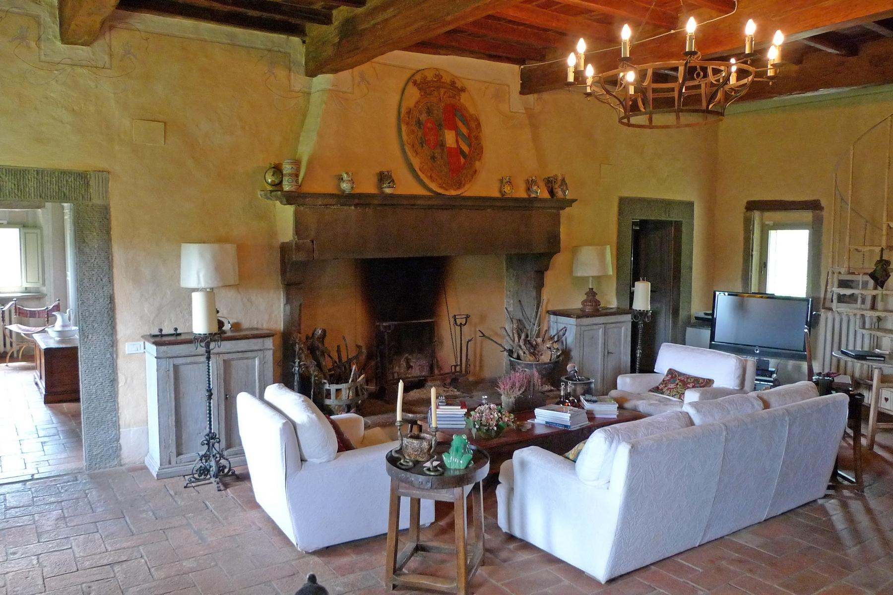 A charming chianti farmhouse with breathtaking views and pool - 12