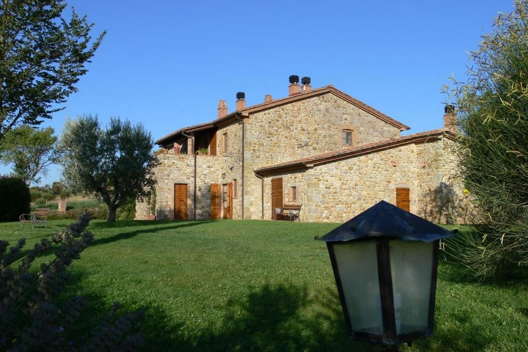 Enchanting farmhouse in Umbrian countryside - 2