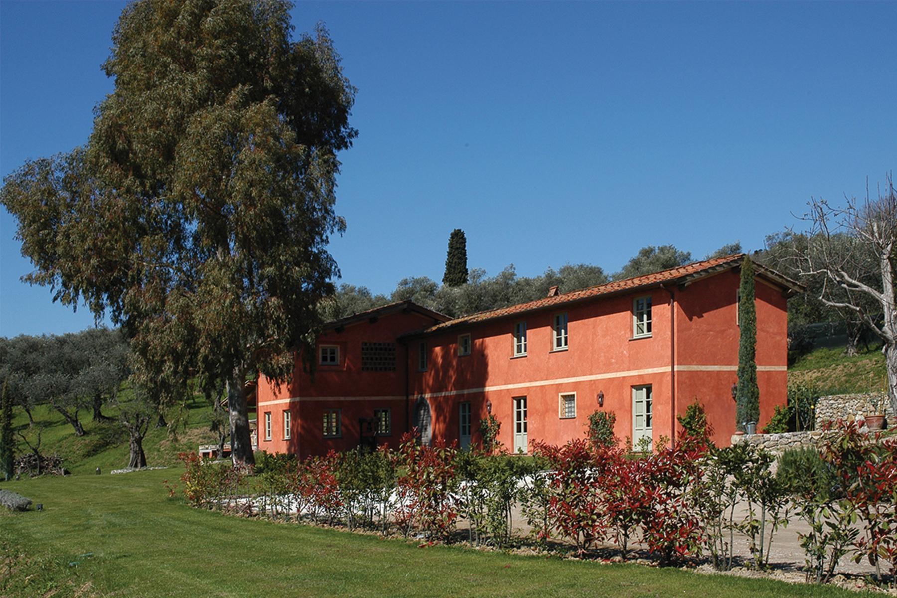 Splendida proprietà ristrutturata a Massarosa - 1