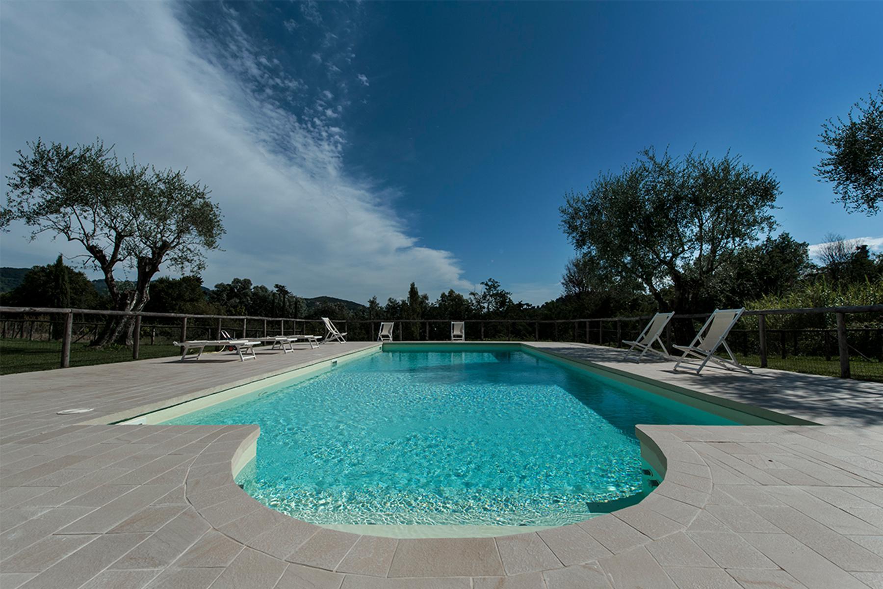 Splendida proprietà ristrutturata a Massarosa - 4