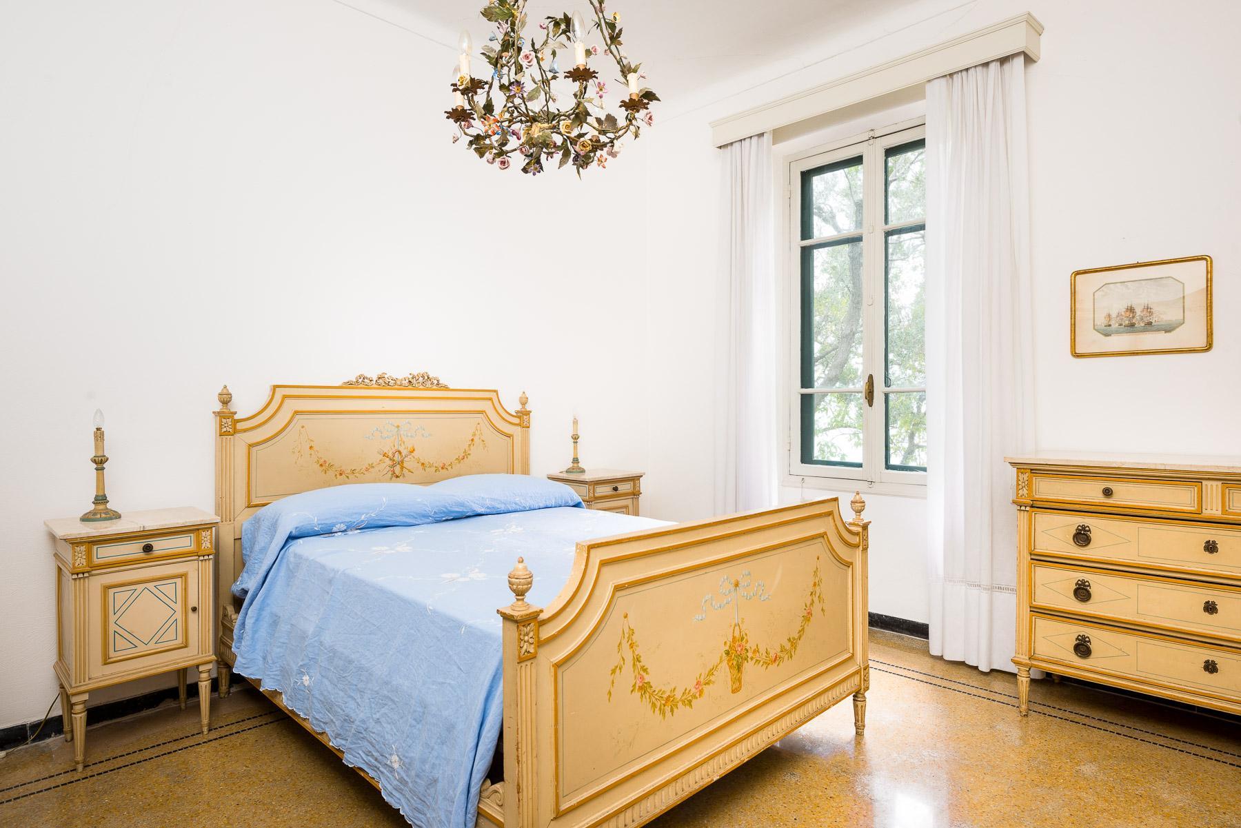 迷人的公寓位于历史悠久的别墅,享有私人海景 - 6