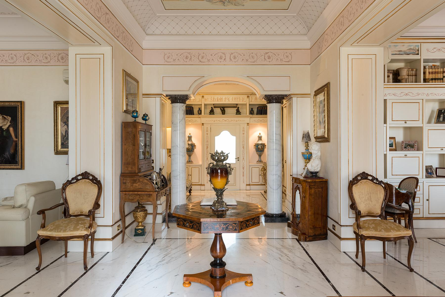 Magnificent Classical Style Apartment - 3