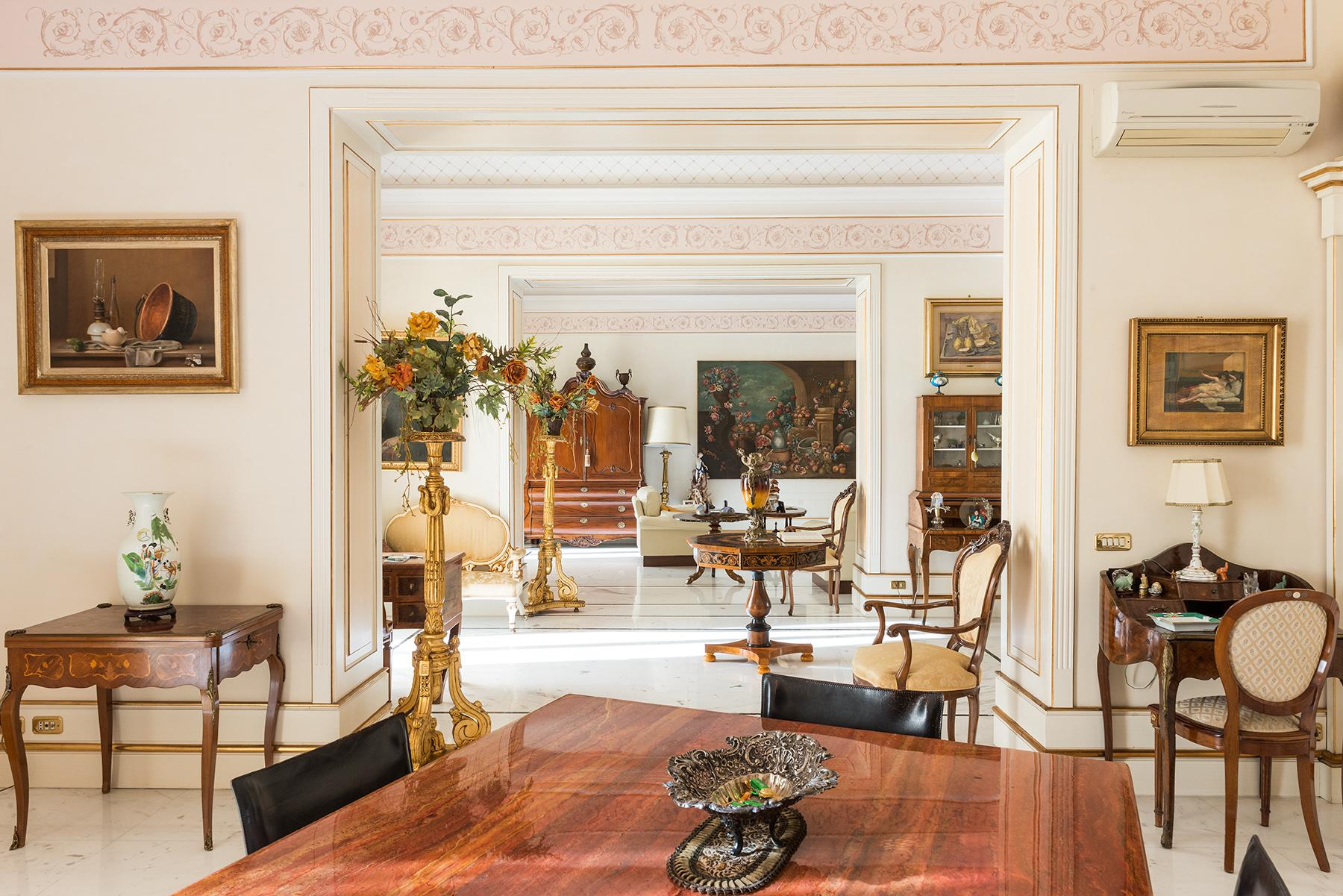 Magnificent Classical Style Apartment - 6