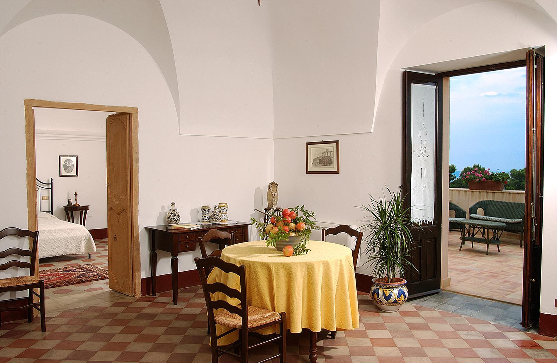 Herrliches Weingut in Sizilien - 23