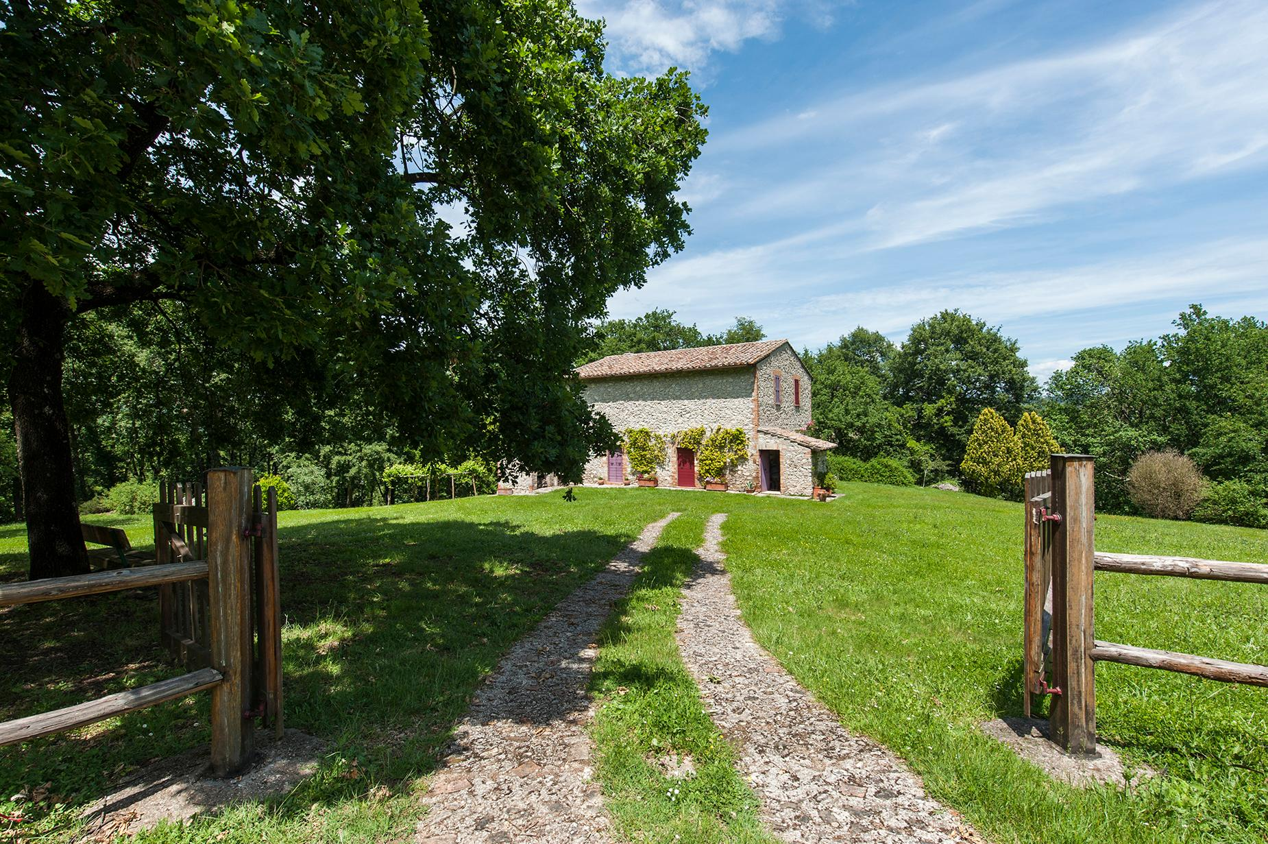 Lovely Countryhouse in Orte - 1