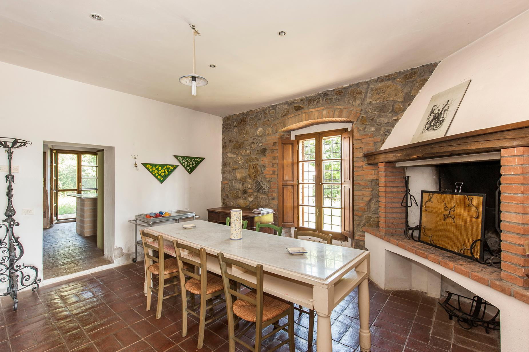 Ancient farmhouse with private land in Maremma - 16