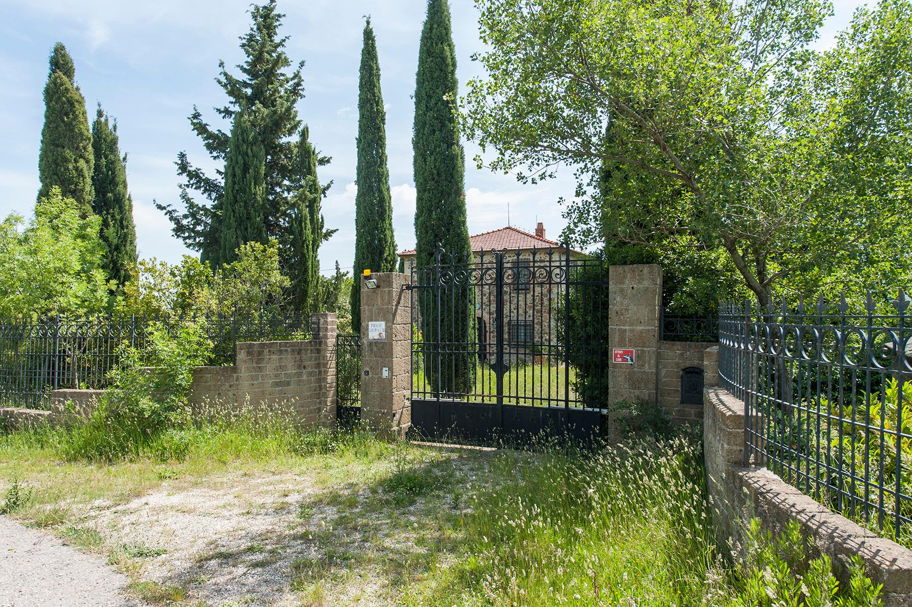 Ancient farmhouse with private land in Maremma - 4