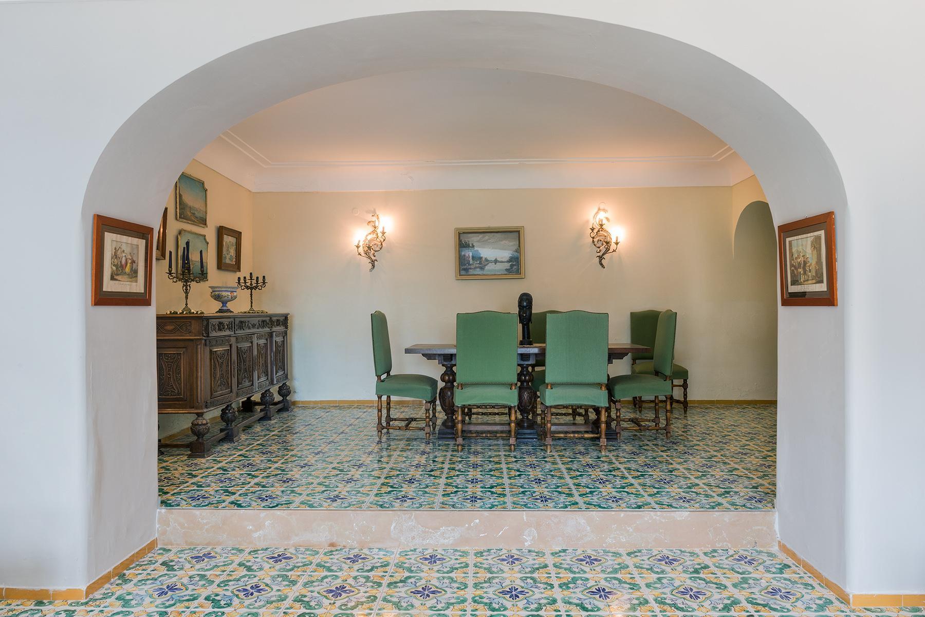 Capri岛中心的别墅 - 9
