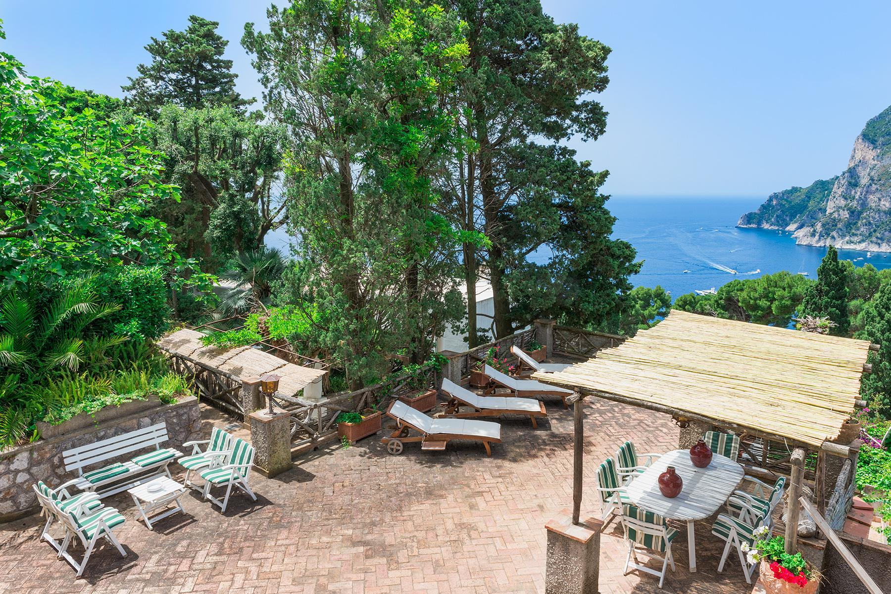 Capri岛中心的别墅 - 10