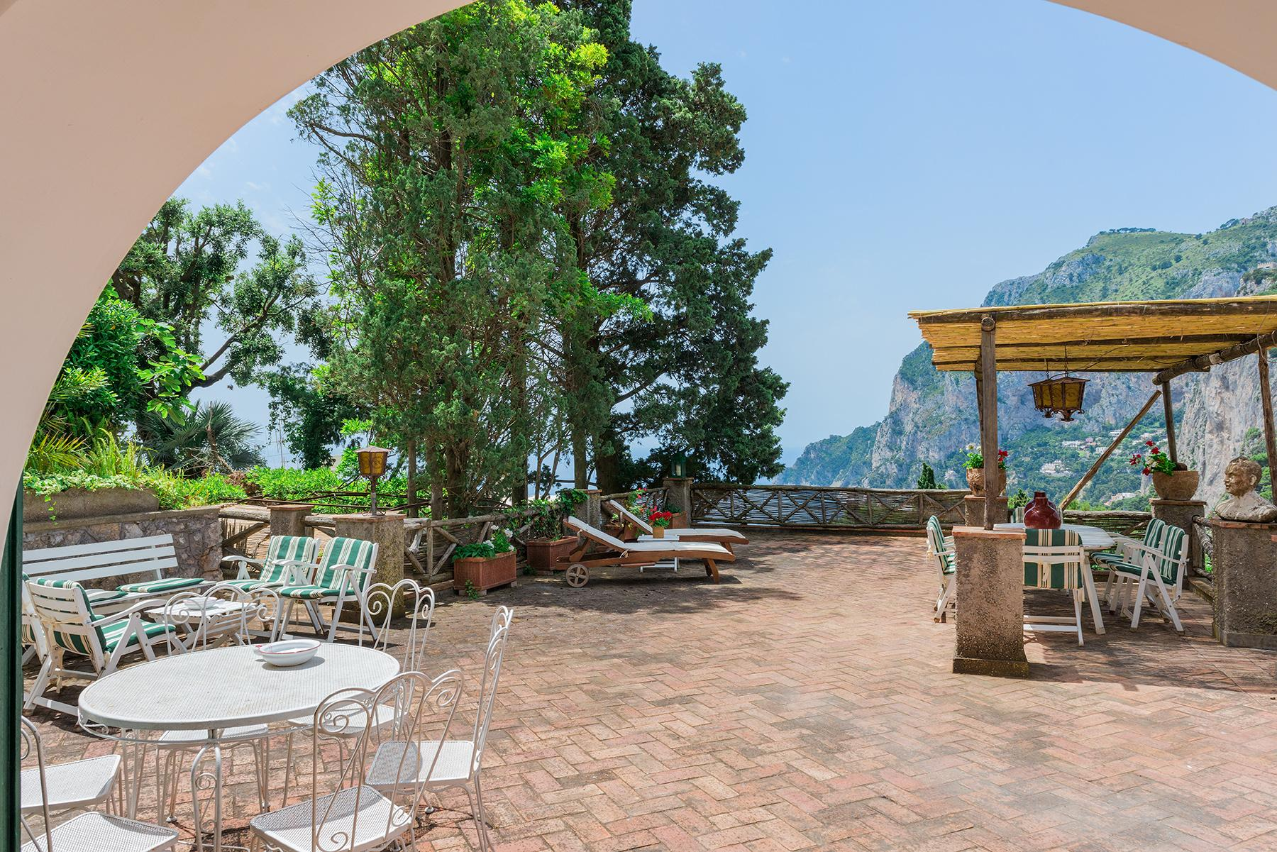 Capri岛中心的别墅 - 13