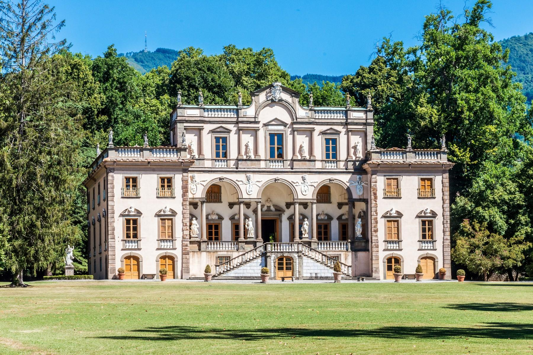 Luxury historic mansion in the countryside of Lucca - 4