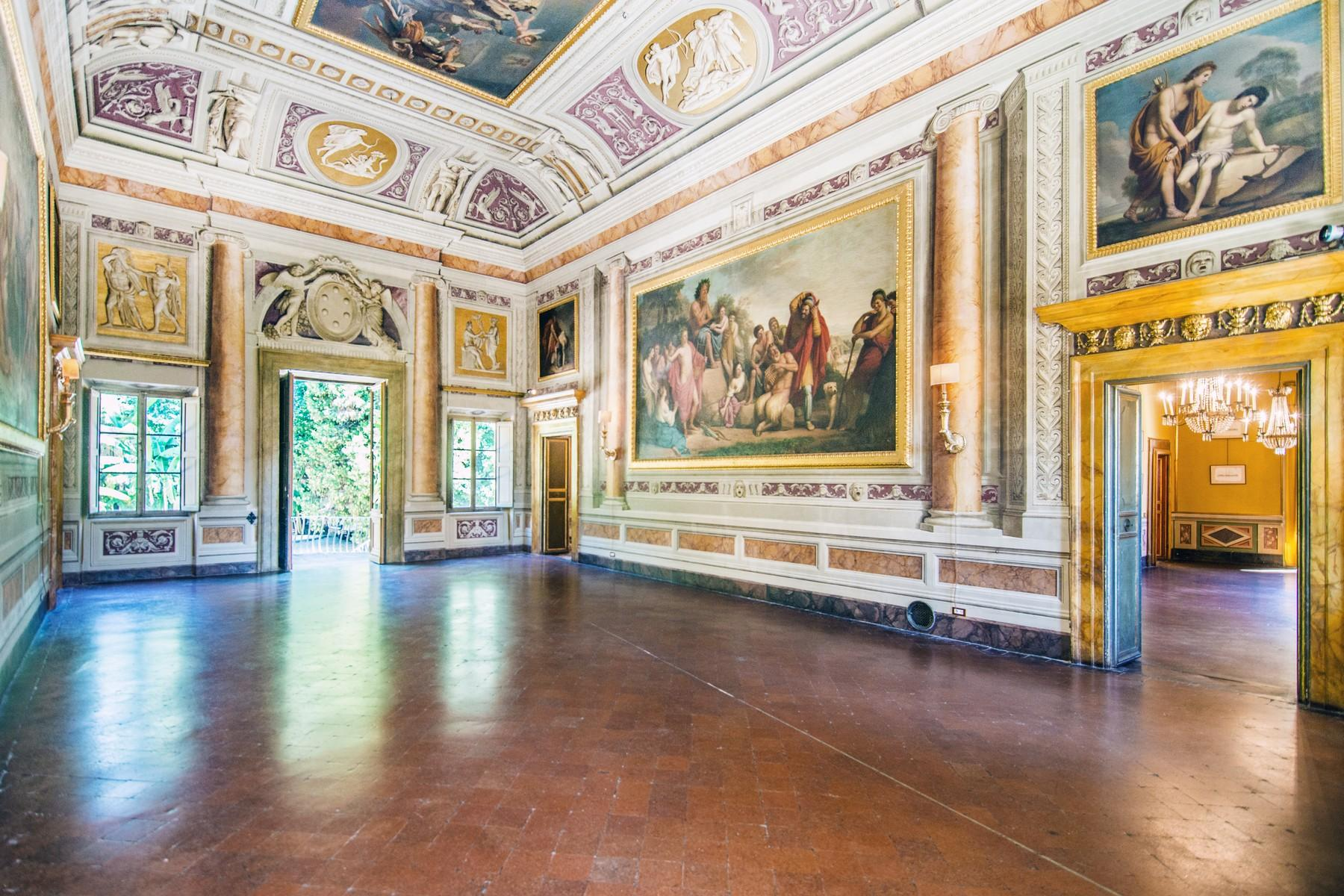 Роскошный особняк XVI века на тосканских холмах в Лукке, Италия - 13