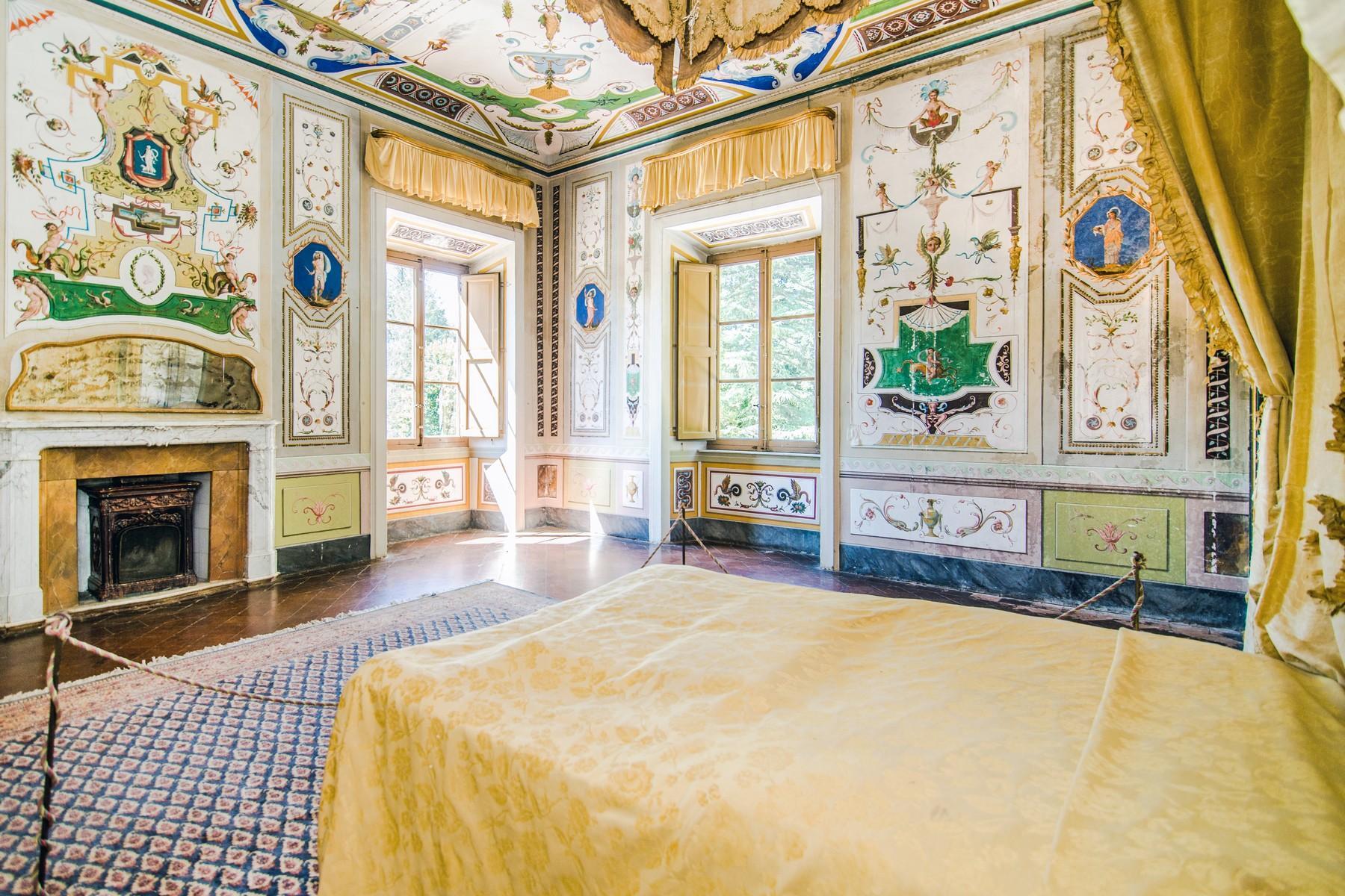 Роскошный особняк XVI века на тосканских холмах в Лукке, Италия - 15