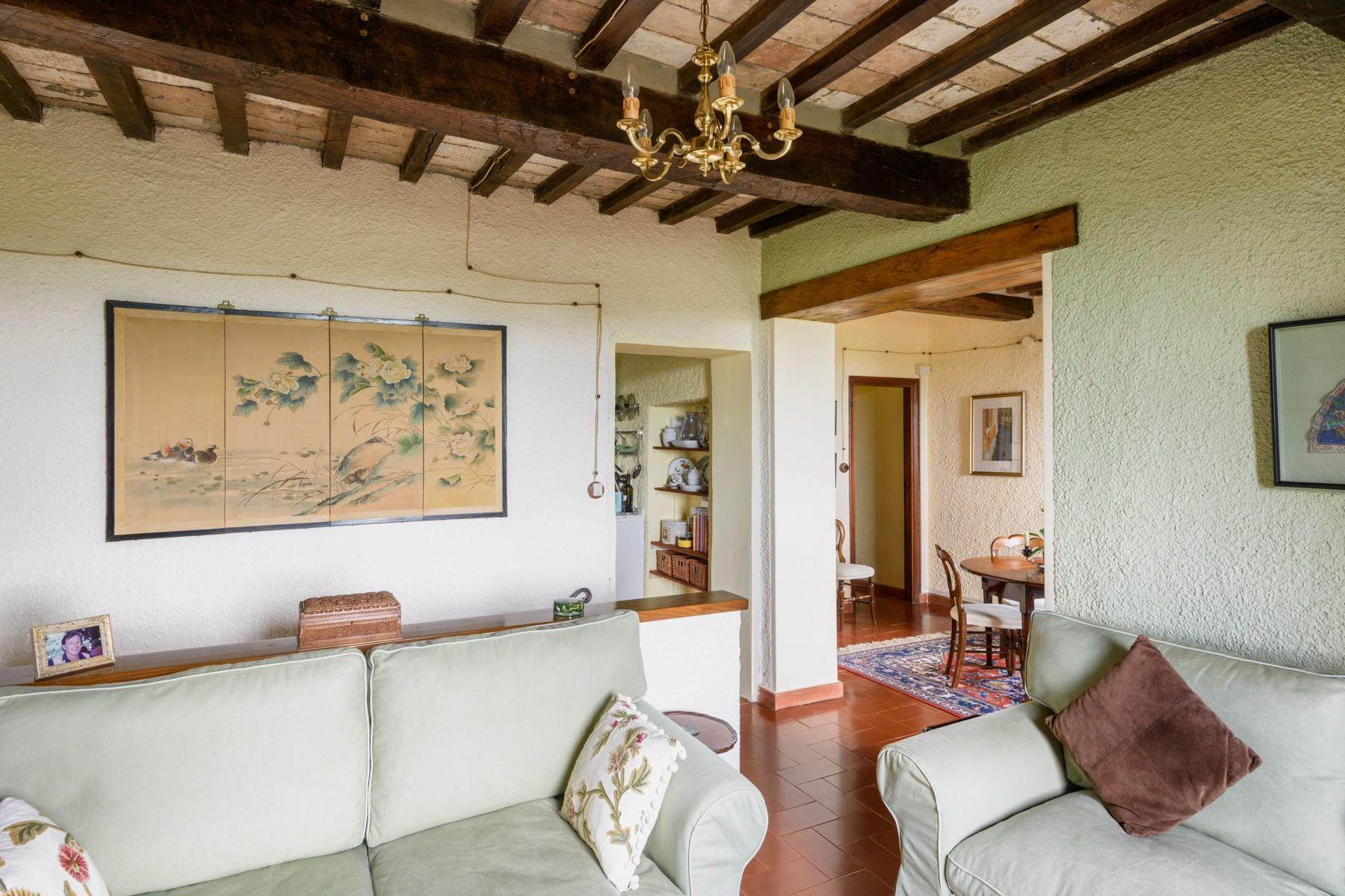 Typical Tuscan country house - 10