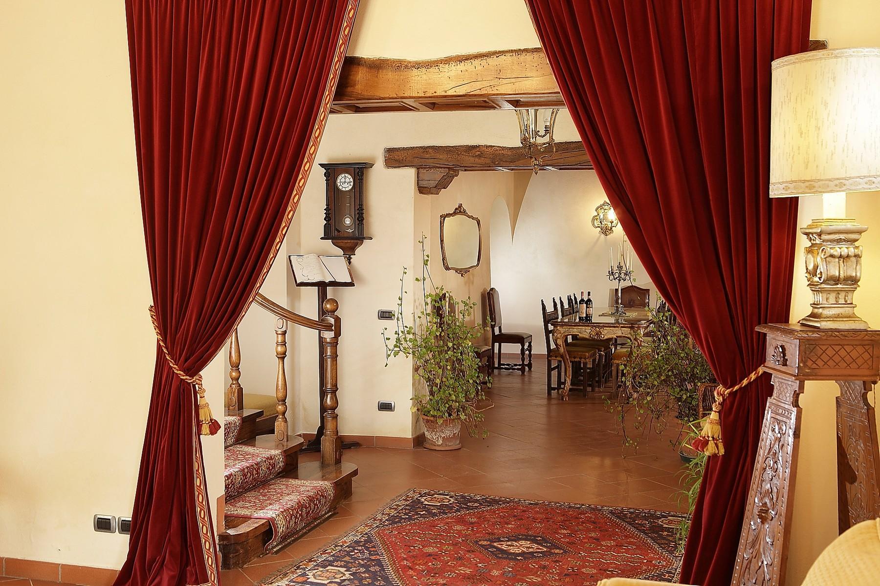 Exklusive Burg im Chianti Classico-Gebiet - 7
