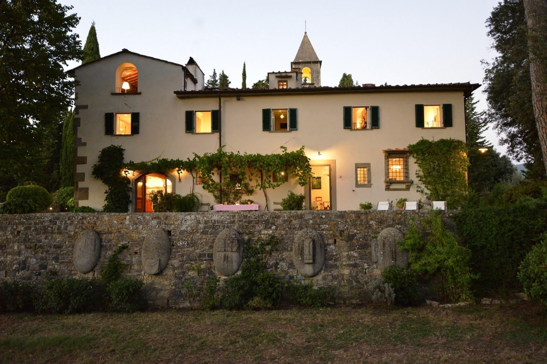 Wunderschöne Renaissance-Villa auf den Hügeln von Florenz - 1