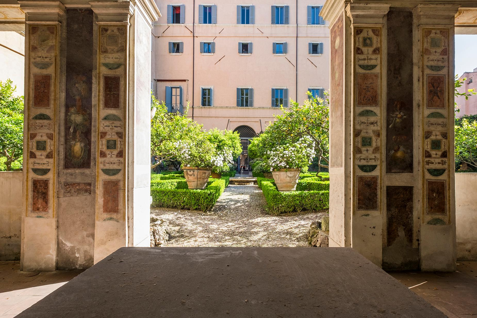 Palazzo Sacchetti, a pearl of the late reinassance in the heart of Rome - 7