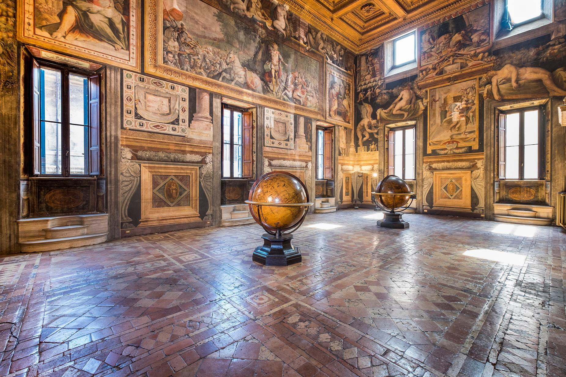 Palazzo Sacchetti, a pearl of the late reinassance in the heart of Rome - 2