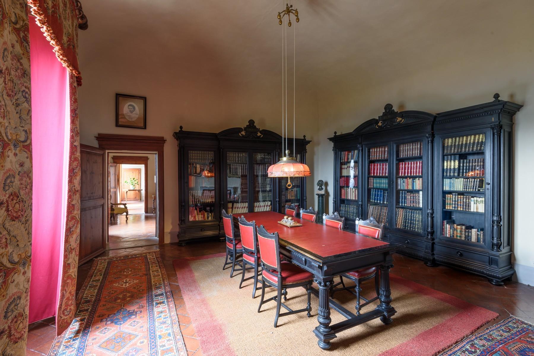 Wunderschöne Villa von einer historischen Burg und einem Jagdrevier umgeben - 5