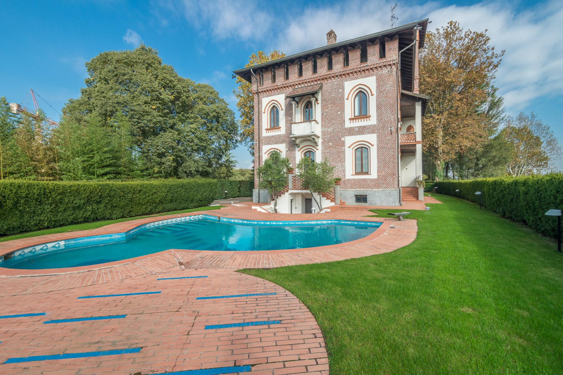Pretigious historical villa close to Milan - 1