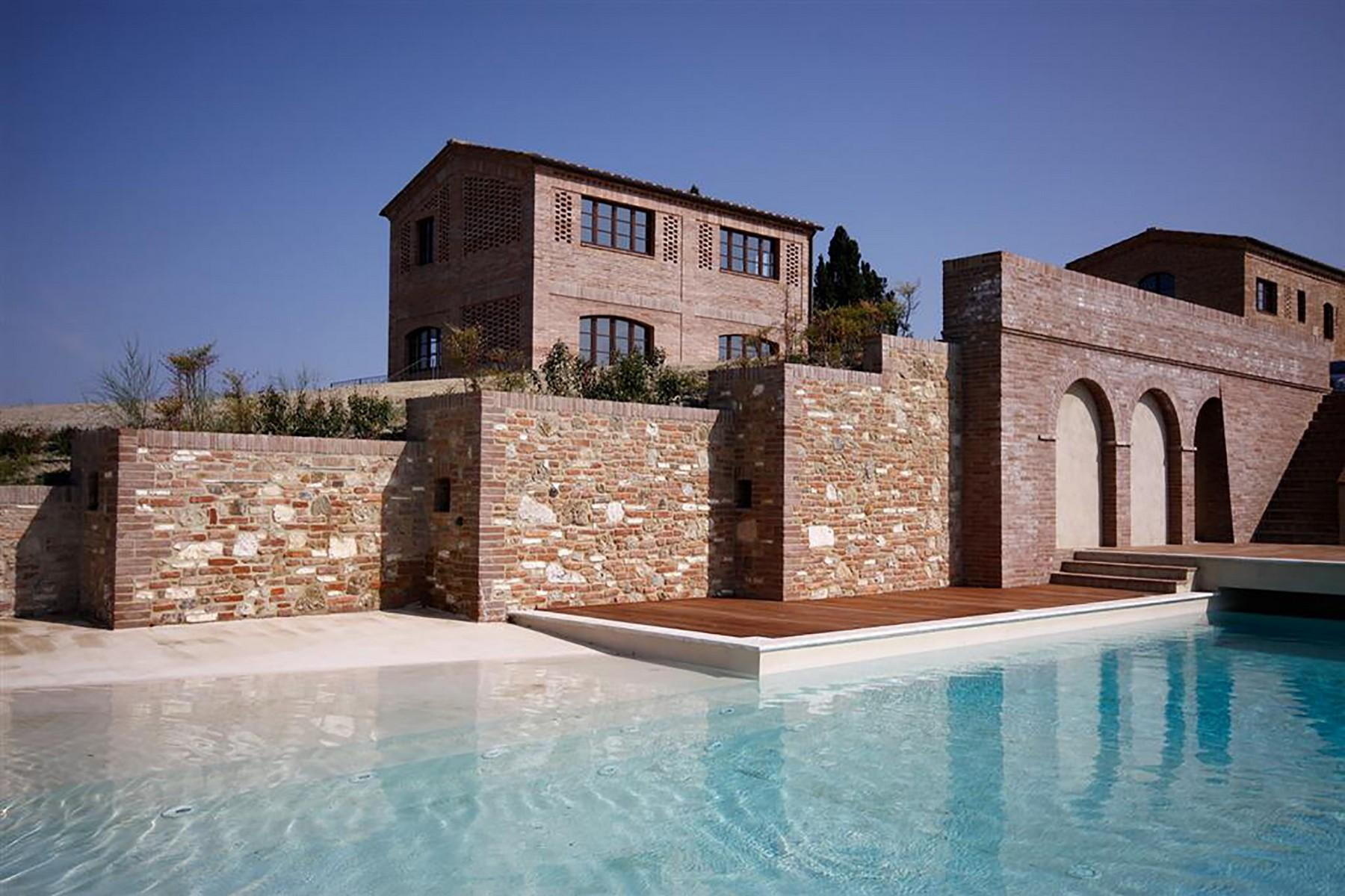Unique countryhouse  with breath taking views of the Crete Senesi - 2