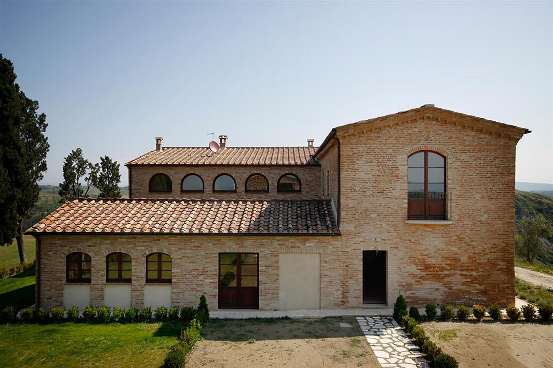 Unique countryhouse  with breath taking views of the Crete Senesi - 7