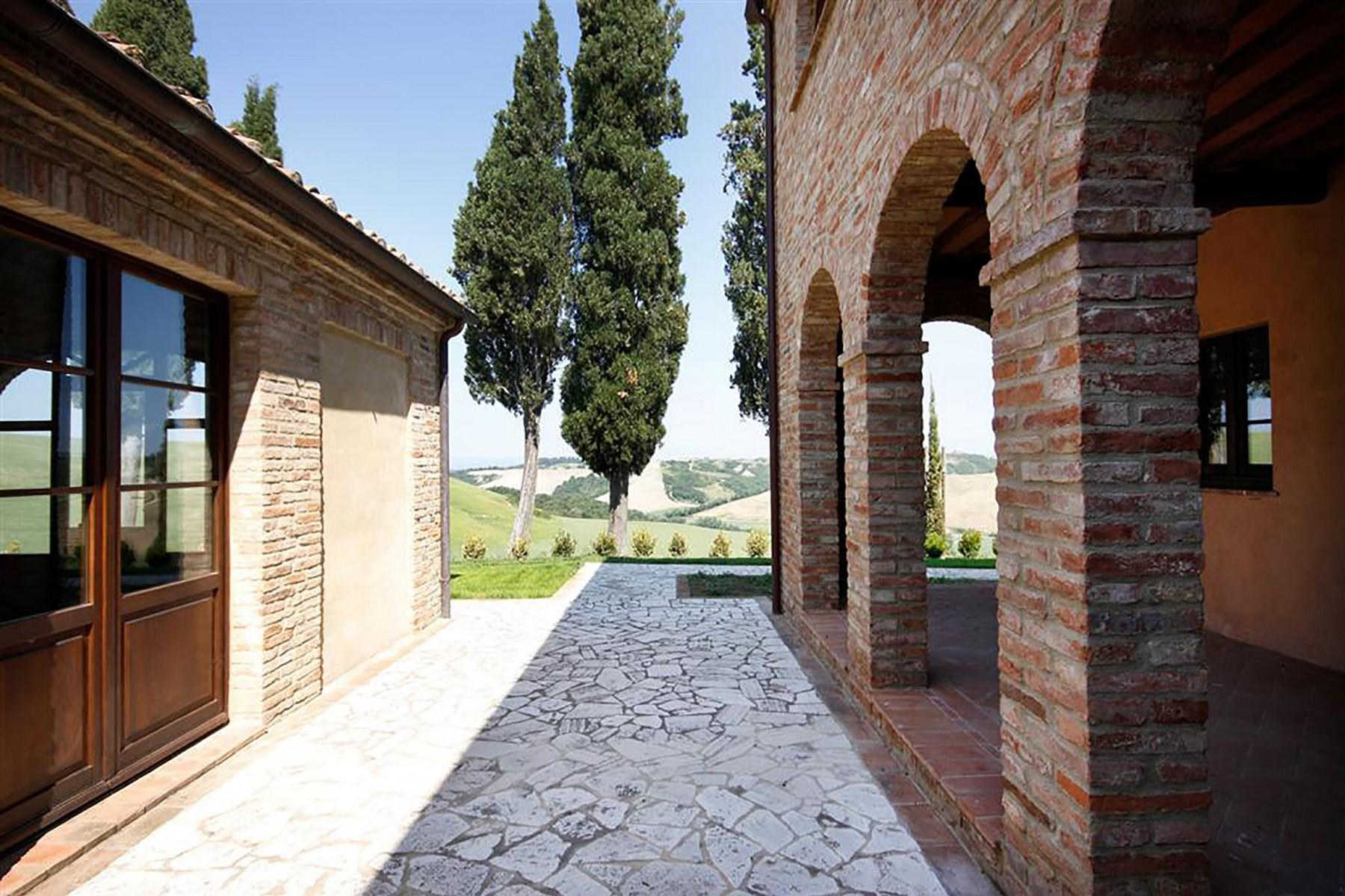Unique countryhouse  with breath taking views of the Crete Senesi - 9