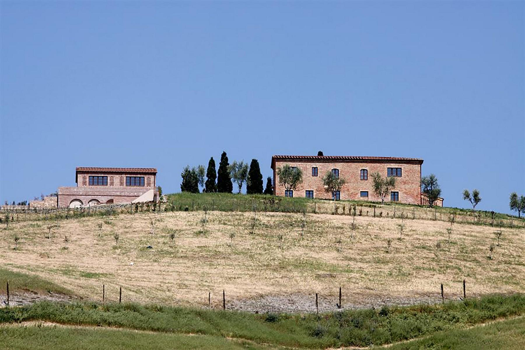 Unique countryhouse  with breath taking views of the Crete Senesi - 10