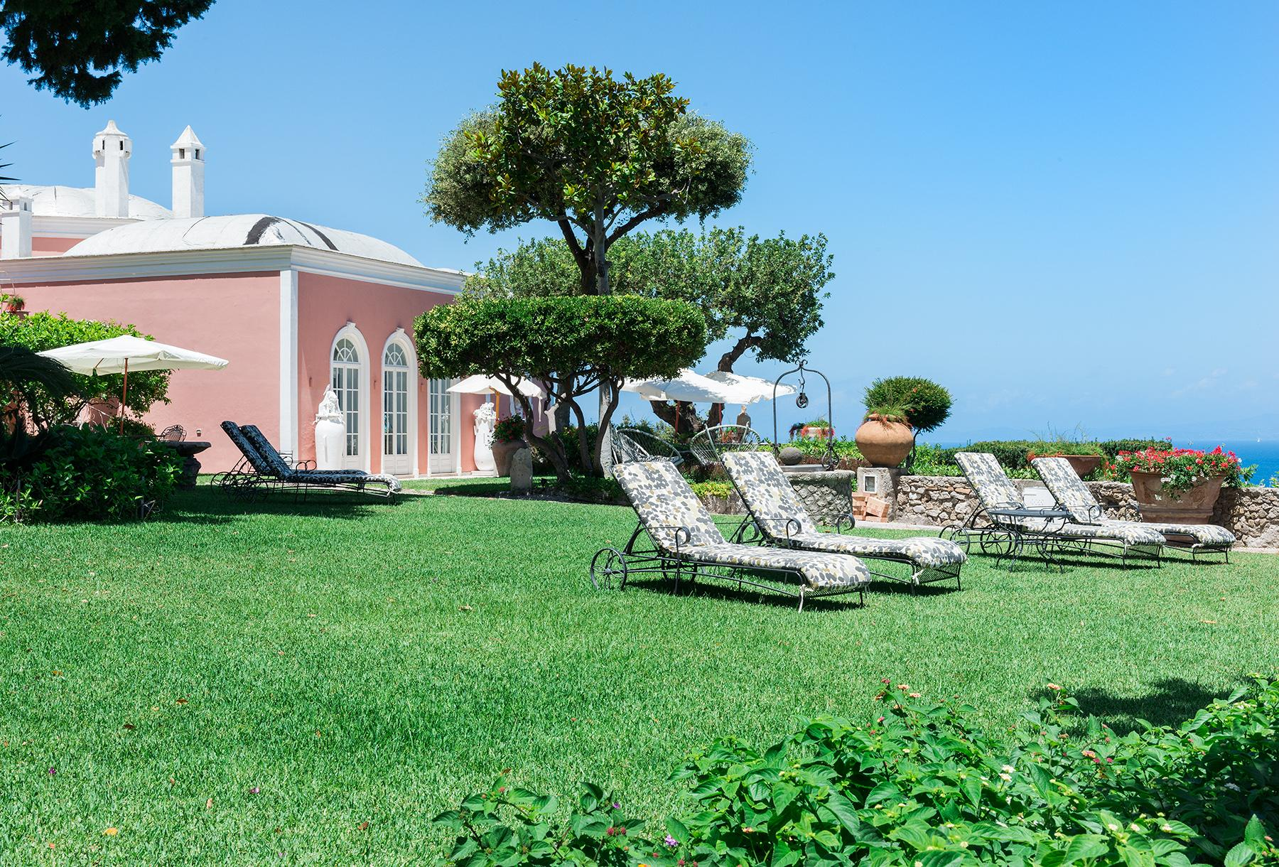Villa Bismarck, an extraordinarily unique location in Capri - 9