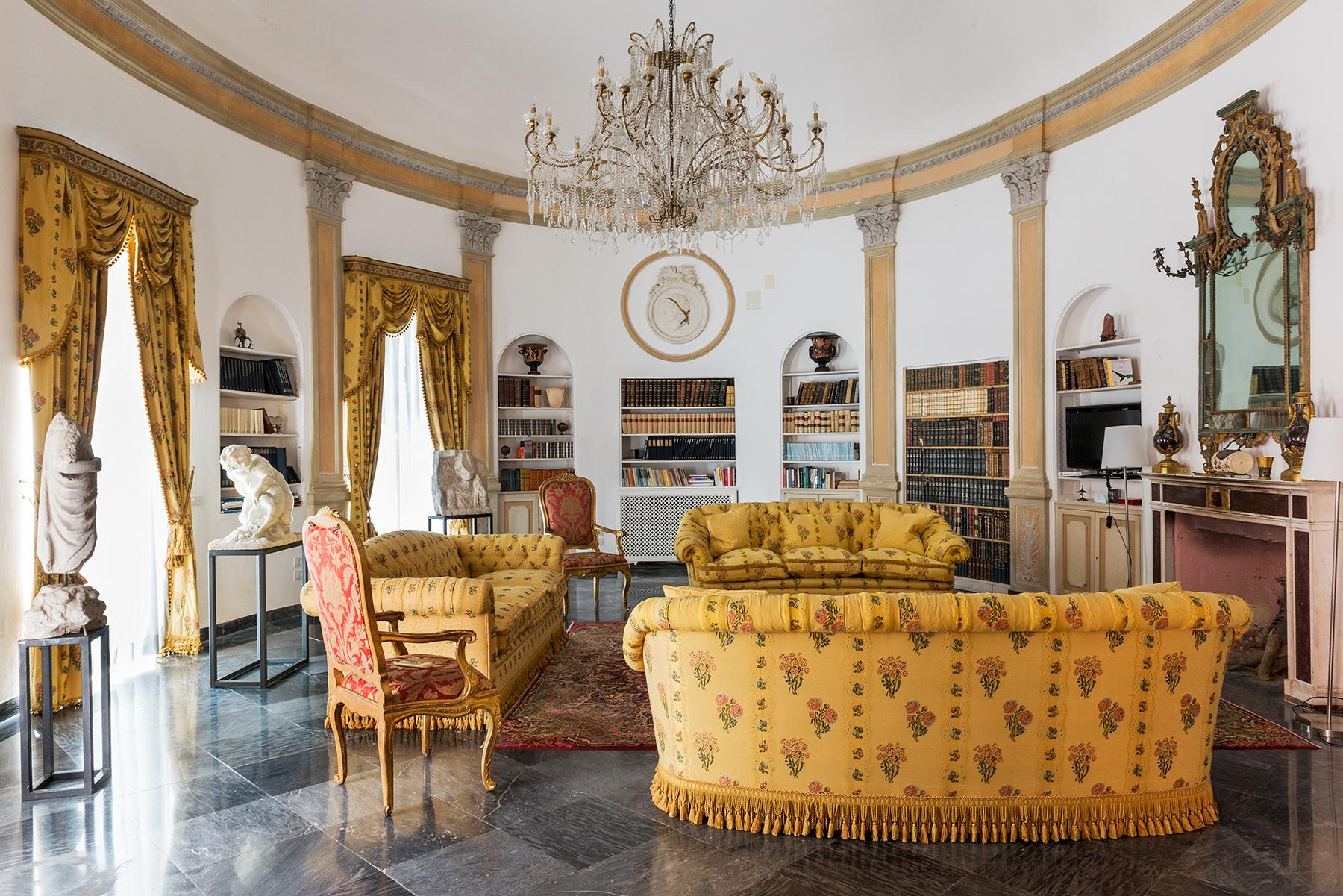 Villa Bismarck, an extraordinarily unique location in Capri - 12