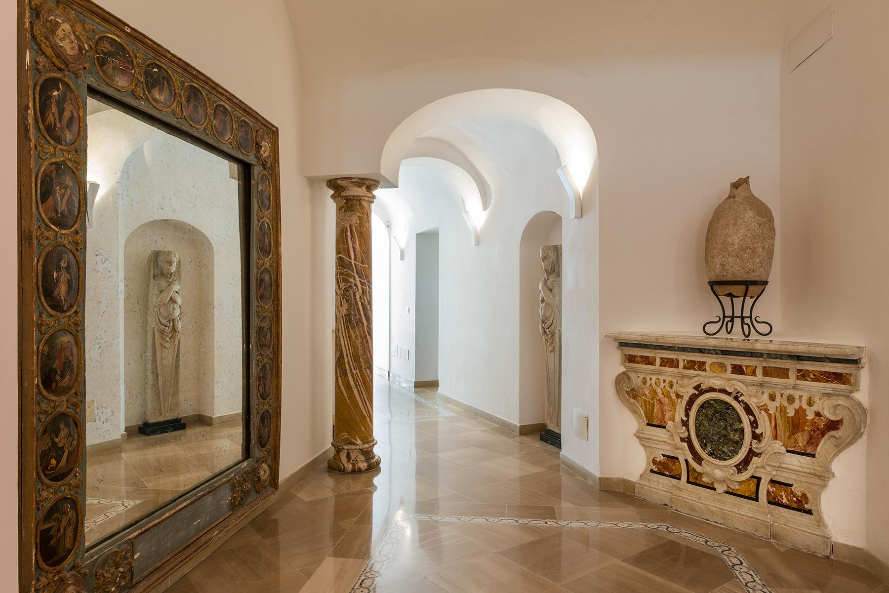 Villa Bismarck, an extraordinarily unique location in Capri - 23