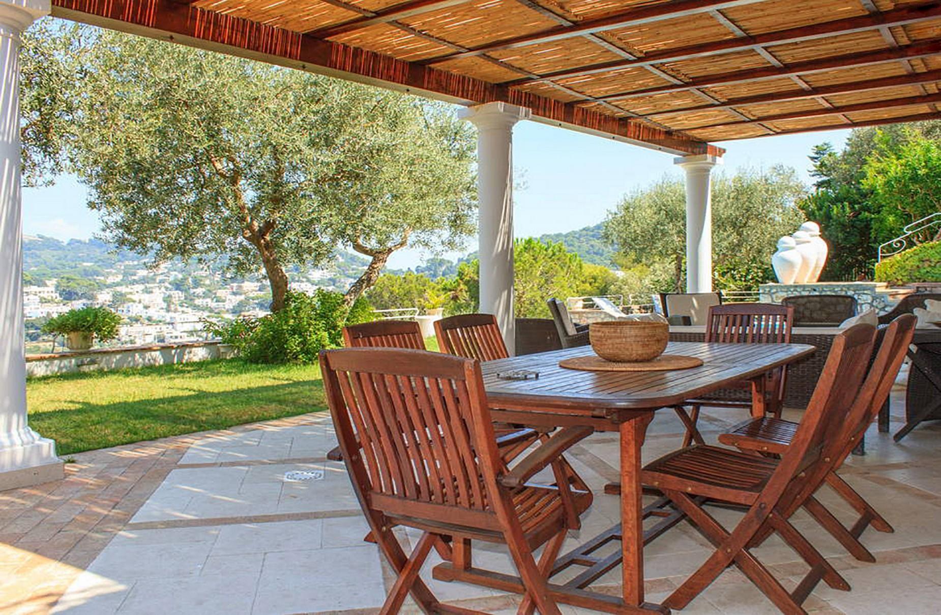 Villa Panoramica con Piscina nel Centro di Capri - 6